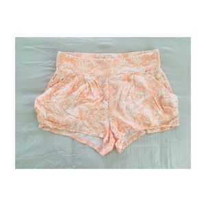 [free people] peach tea paisley shorts